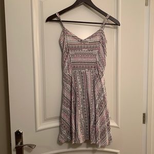 Aeropostale Pink, white and grey summer dress